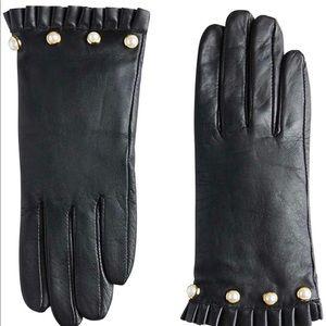 Ann Taylor pearlized ruffle cuff gloves